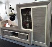 tvkast vitrine combinatie showroom